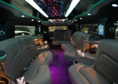 Hummer H2 interior2